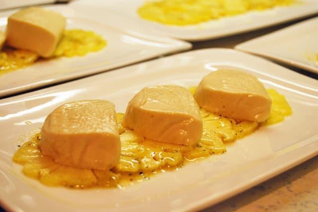 honigparfait-mit-ananas