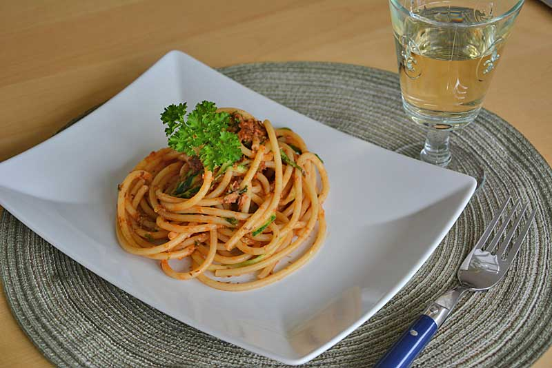 Spaghetti mit Sardinen