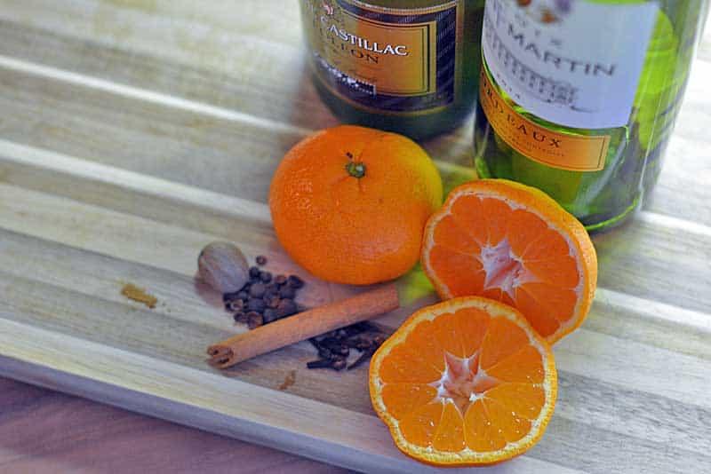 Glühwein mit Mandarinen am Start