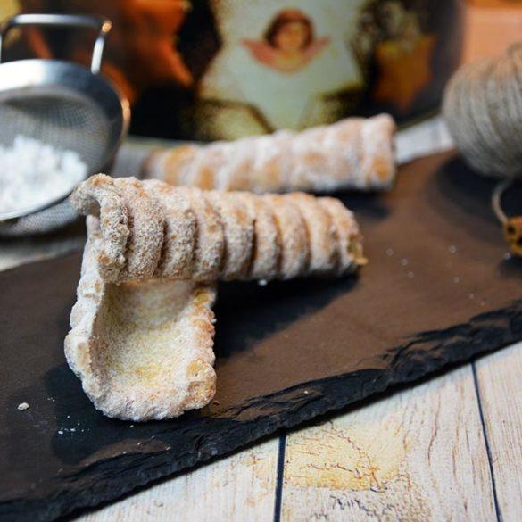Rezept für original Steirische Spagatkrapfen. Passen perfekt zu besonderen Anlässen wie Weihnachten oder zur Hochzeit.