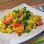Ein herrlich einfacher Curryreis mit Huhn und Gemüse. Schmeckt toll exotisch und frisch und ist schnell gekocht.